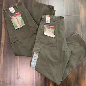 Two Pair Wrangler Cargo Pants 36x32 Green Baggy